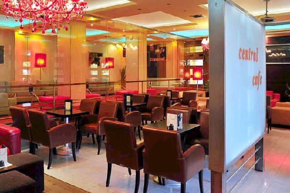 Zakynthos, Hotel Phoenix, interior, cafenea.jpg
