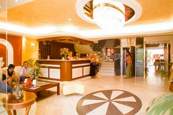 Nei Pori, Hotel Evdion, lobby, receptie.jpg